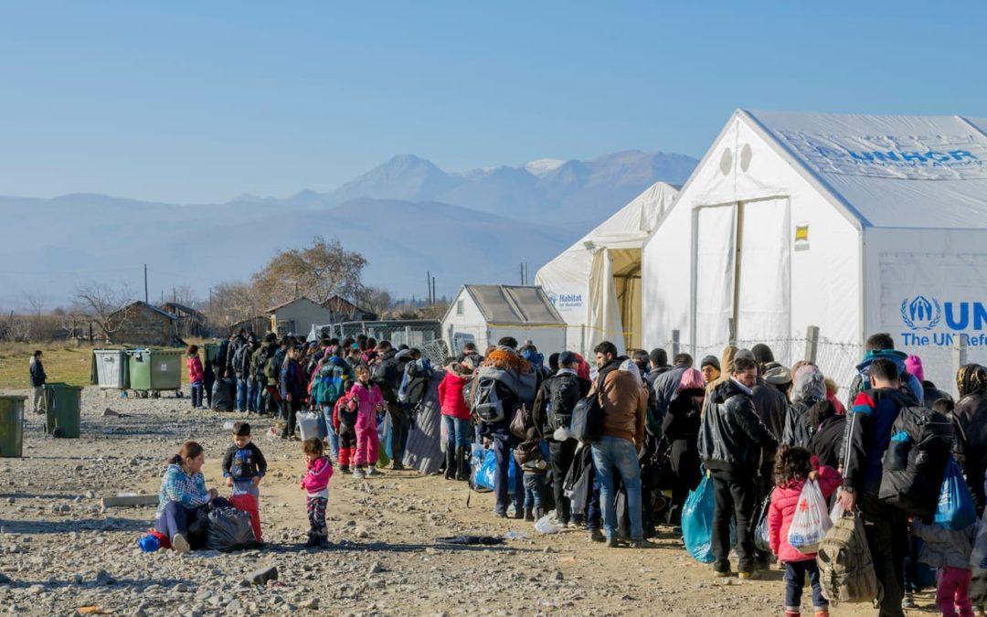 Flüchtlingskrise in Griechenland: Legale Zugänge und Außengrenzen sichern
